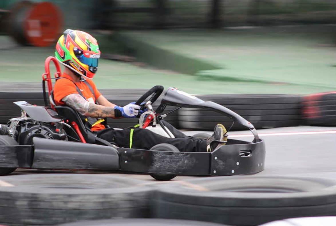 ¿Quién ganó la I Christmas Race de karts en la que participó la escudería Road House?
