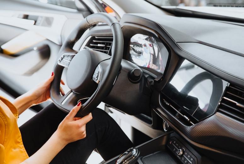 ¿Qué significan determinados ruidos en el volante?