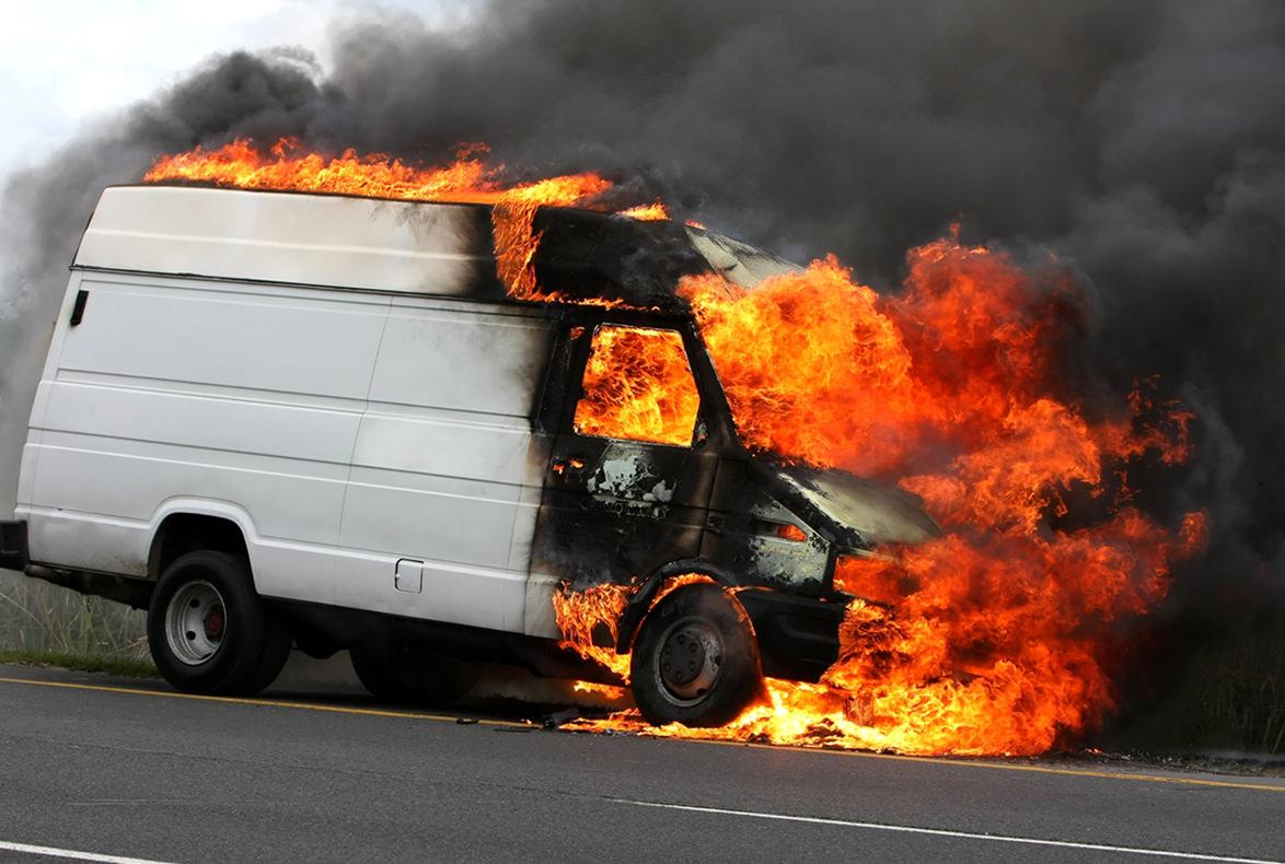 causas coche incendio avería