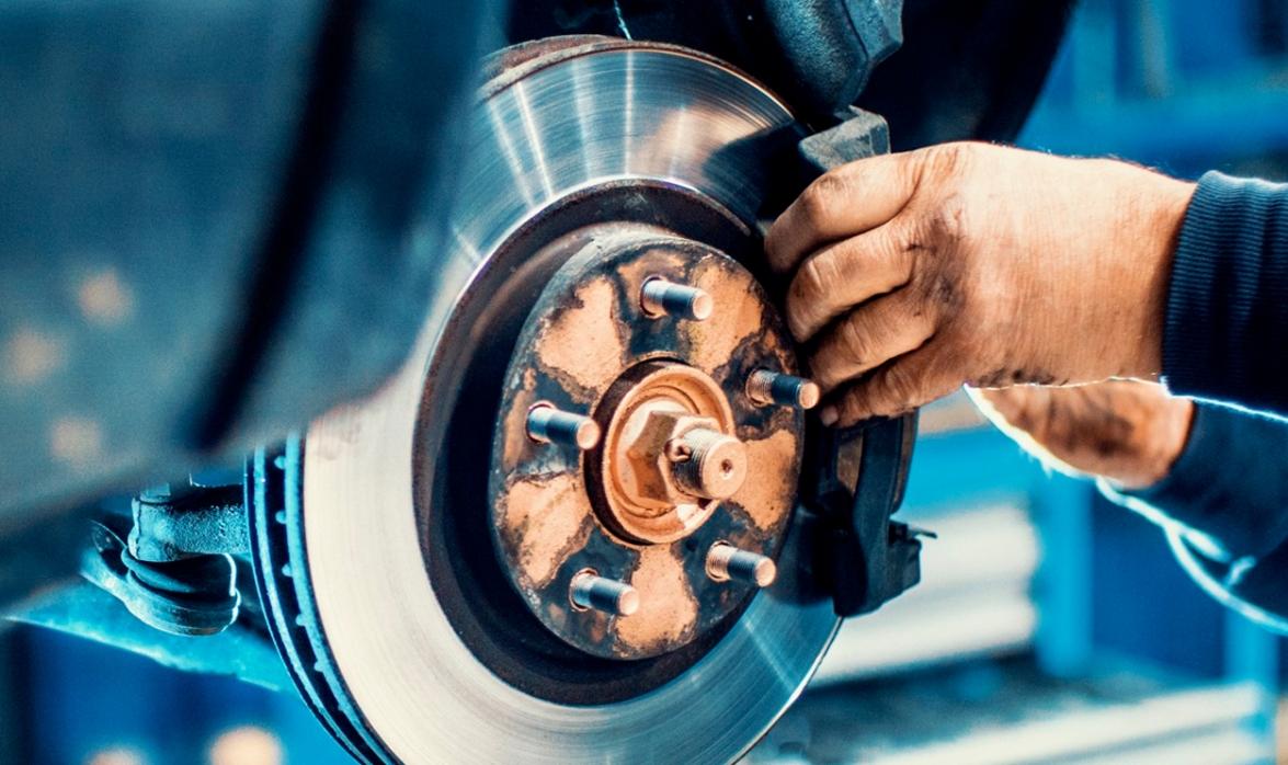 Cómo realizar un buen mantenimiento a los discos de freno