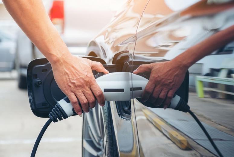 Así deben adaptarse los talleres a la llegada del vehículo eléctrico