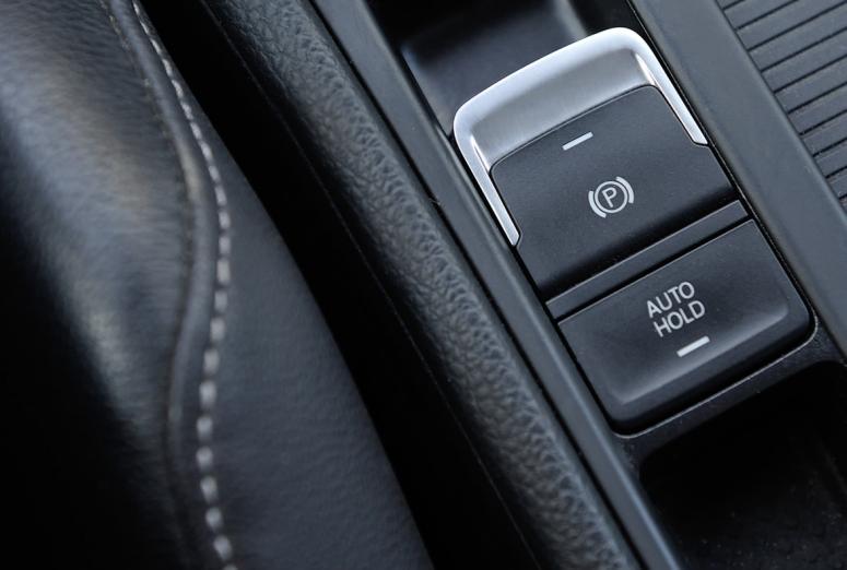 Freno de mano eléctrico, un sistema cada vez más extendido en los vehículos